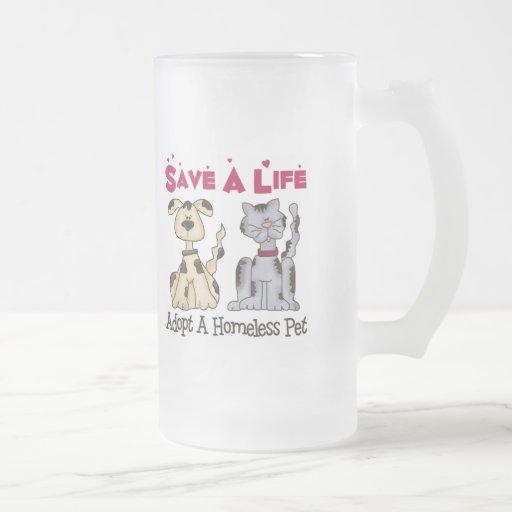 Adopte una taza helada mascota sin hogar