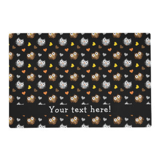 Adorable Checkered Hoot Owl Pattern Placemat