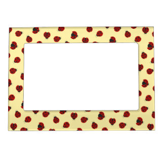 Adorable Checkered Plaid Ladybug Graphic Pattern Magnetic Picture Frame