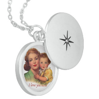 Adorable Gift for Mother's Day Round Locket Necklace