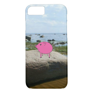 Adorable PiGgy on vacation! iPhone 7 Case