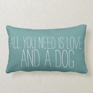 Adorable todo lo que usted necesita es amor, y un cojines