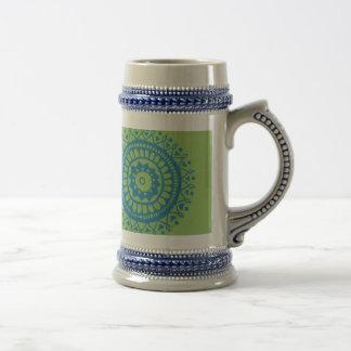 Adorno azulverde del lil jarra de cerveza