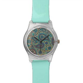 Adorno retro de Paisley del arco iris de la turque Reloj