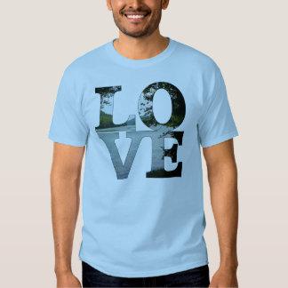 Adult LOVE t-shirt, 2XL Shirts