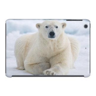 Adult polar bear on the summer pack ice iPad mini retina cover