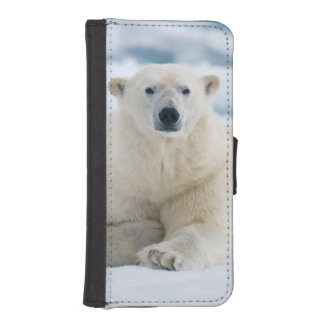 Adult polar bear on the summer pack ice wallet phone case for iPhone SE/5/5s
