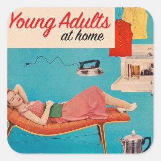 Adultos jovenes de los suburbios retros del kitsch calcomania cuadradas personalizada