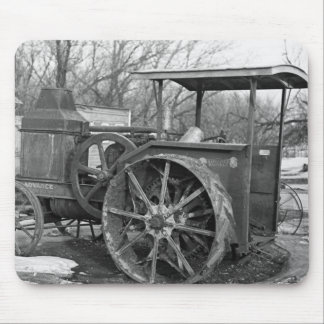 Advance Rumely Tractor 1936 Mouse Pad