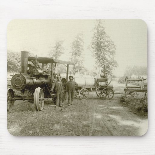 Advance Thresher Co. Traction Engine Mouse Pad