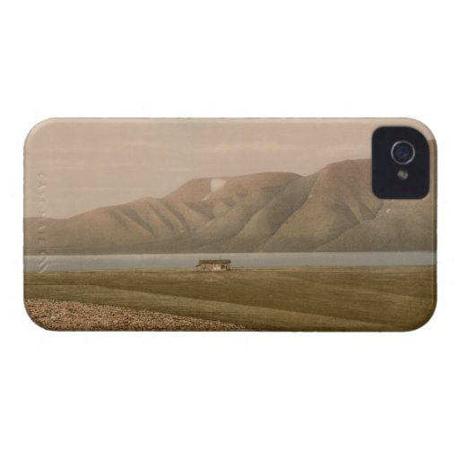 Advent Bay, Svalbard, Norway iPhone 4 Cover