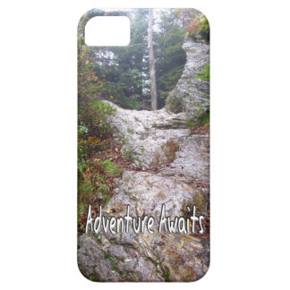 Adventure Awaits just over the Trail iPhone SE/5/5s Case