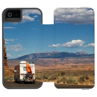 Adventures in Utah iPhone SE/5/5s Wallet Case