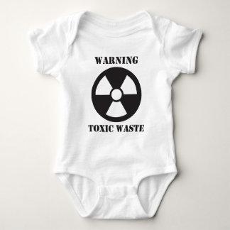 Advertencia - basura tóxica camisas