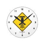 ¡Advertencia! Consecuencias involuntarias de la te Reloj De Pared