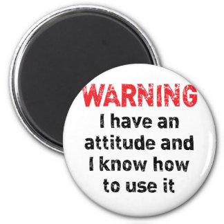 Advertencia de la actitud iman