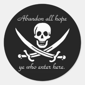 Advertencia del pirata etiqueta redonda