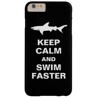 Advertencia del tiburón - guarde la calma y nade funda barely there iPhone 6 plus