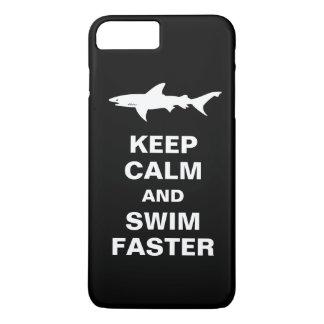 Advertencia del tiburón - guarde la calma y nade funda iPhone 7 plus
