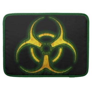 Advertencia del zombi del Biohazard Funda Para Macbook Pro