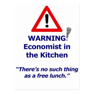 Advertencia: ¡Economista en la cocina! Tarjetas Postales
