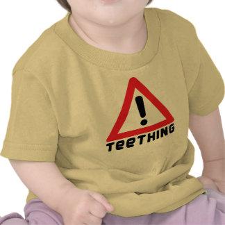 Advertencia: El echar los dientes Camiseta