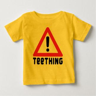 Advertencia: El echar los dientes Playera