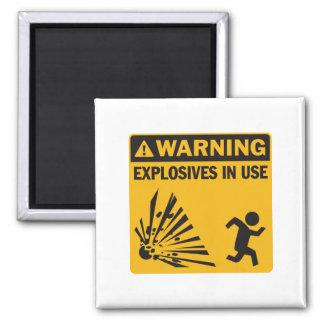 ¡Advertencia! Imán funcionando de los explosivos