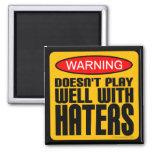 Advertencia: No juega bien con los enemigos Imán De Frigorífico