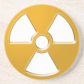 Advertencia nuclear posavasos diseño