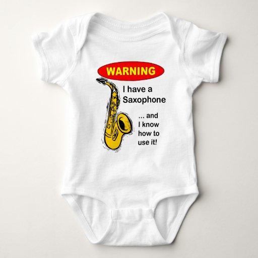 Advertencia. Tengo un saxofón… Tshirt
