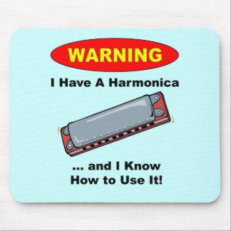 ¡Advertencia! Tengo una armónica… Tapetes De Ratón