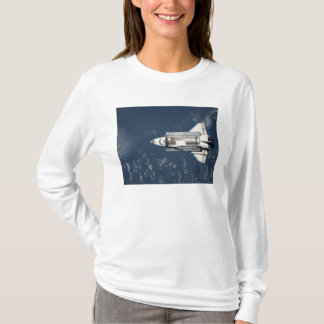 Aerial view of Space Shuttle Discovery 3 T-Shirt