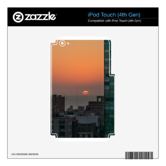 Aerial View of Sunset at the River in Montevideo U iPod Touch 4G Skin