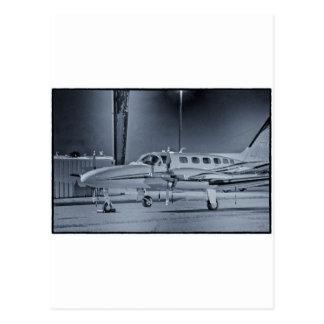 """Aeroplano camiseta """"blanca"""" negra de HDR de la ima Tarjeta Postal"""