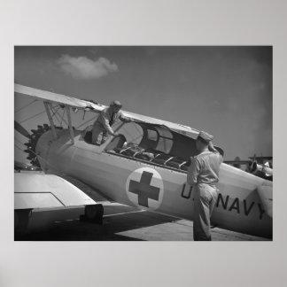 Aeroplano de la Cruz Roja WW2 Poster