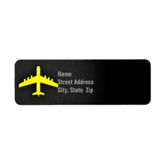 Aeroplano del amarillo amarillo etiqueta de remite