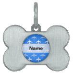 Aeroplano del azul y del blanco de cielo; Avión Placa De Nombre De Mascota