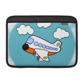 Aeroplano del dibujo animado en nubes con respland fundas para macbook air