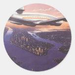 Aeroplano del vintage sobre el río Hudson, New Etiqueta Redonda