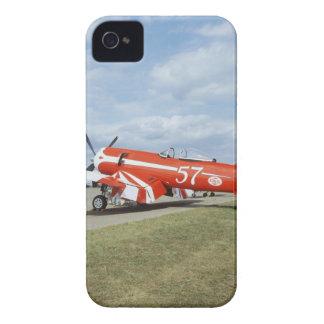 Aeroplano estupendo del corsario de F2G-1D en el s iPhone 4 Carcasas