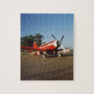 Aeroplano estupendo del corsario de F2G-1D en un s Puzzles Con Fotos
