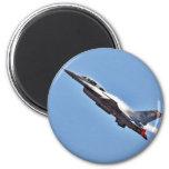 Aeroplanos de los combatientes de jets de los F-16 Imanes De Nevera