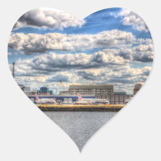 Aeropuerto de la ciudad de Londres Pegatina En Forma De Corazón