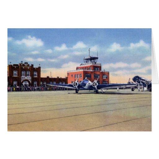 Aeropuerto de Omaha Nebraska y oficina de tiempo d Felicitación