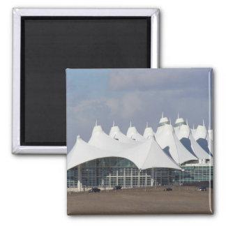 Aeropuerto internacional Buildin terminal principa Imán Cuadrado
