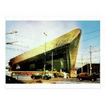 Aeropuerto, museo. .no apenas un trainstation tarjeta postal