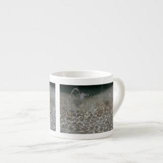 Aerosol de la fuente taza espresso