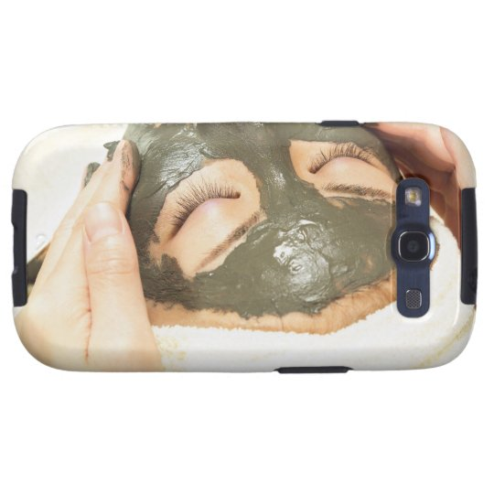 Aesthetician Who Rubs Mud Pack on Womans Face, Galaxy SIII Cover