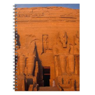 AF, Egipto, Abu Simbel. Fachada en la puesta del s Notebook